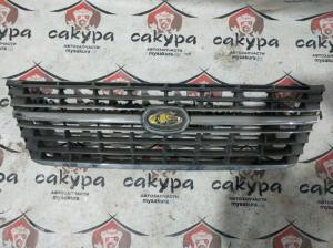 решетка радиатора Toyota Granvia