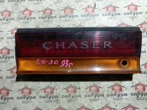 вставка между стопов Toyota Chaser