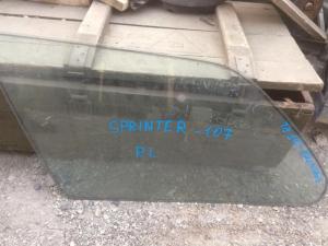 стекло собачника Toyota Sprinter