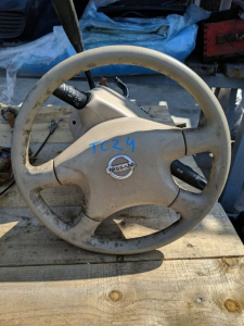 Airbag водительский Nissan Serena