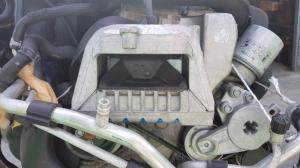 подушка двигателя Volkswagen Touran