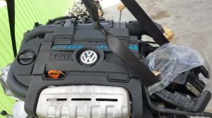 декоративная крышка двс Volkswagen Touran