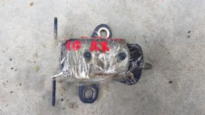 петля дверная Toyota Ipsum