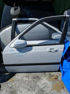 дверь Honda Domani