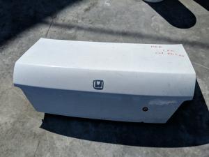 крышка багажника Honda Domani