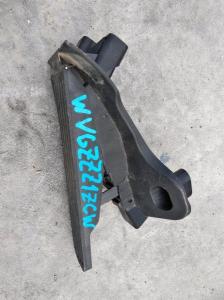 педаль газа Volkswagen Touran