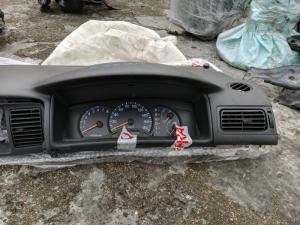 спидометр Toyota Allex