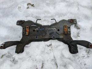 балка под двс Mazda Axela