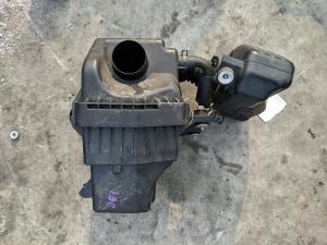 корпус воздушного фильтра Honda Zest