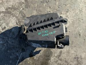 корпус воздушного фильтра Toyota Opa