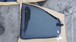 стекло собачника Peugeot 206