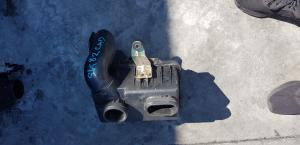 корпус воздушного фильтра Mazda Bongo