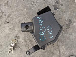 корпус воздушного фильтра Lexus GS350