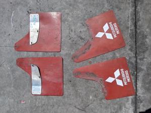 брызговики комплект Mitsubishi  Pajero iO