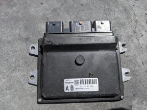 блок efi Nissan Tiida
