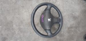 руль Peugeot 206