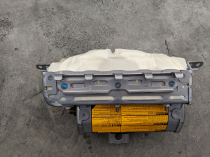 Airbag пассажирский Toyota Harrier