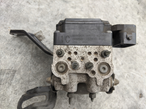 блок abs Toyota RAV4