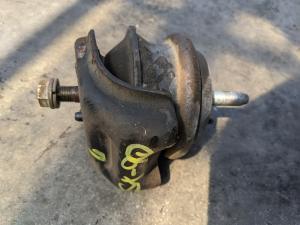 подушка двигателя Toyota Mark II