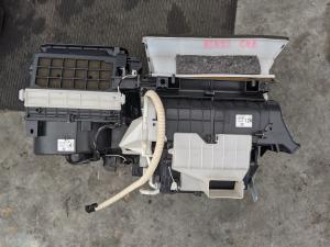 печка Toyota RAV4