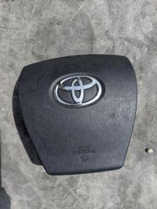 Airbag водительский Toyota Aqua