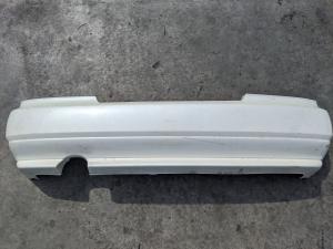 бампер Nissan Laurel