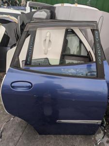 дверь Toyota Duet