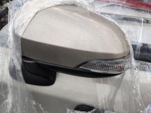 зеркало Toyota Corolla Axio