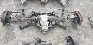 балка Nissan X-Trail