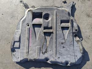 защита двигателя Volvo XC90