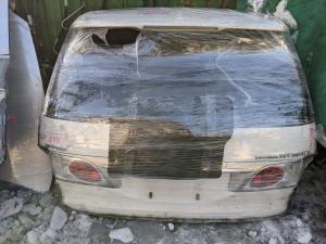 дверь 5-я Toyota Estima