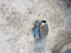 подушка двигателя Daihatsu Terios Kid