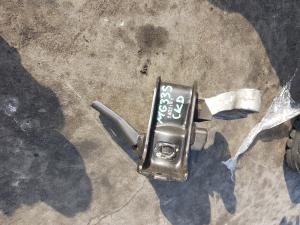 подушка двигателя Nissan Moco