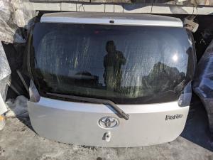 дверь 5-я Toyota Porte