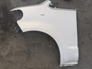 крыло Toyota Porte