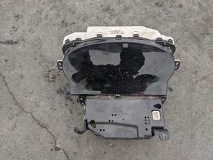 спидометр Toyota Vitz