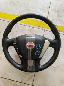 руль Nissan Elgrand