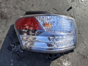 стоп Lexus HS250h