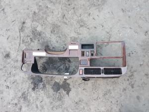 консоль спидометра Toyota Hiace Regius