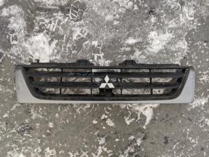 решетка радиатора Mitsubishi Pajero Mini