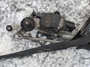 мотор дворников Nissan Serena