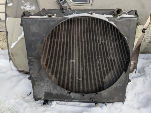 радиатор Toyota Hilux Surf