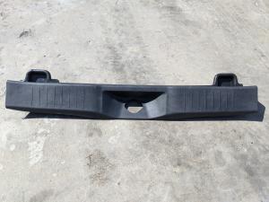 накладка замка багажника